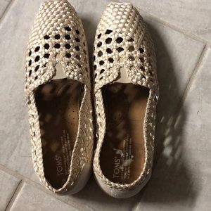 Lace toms brand new